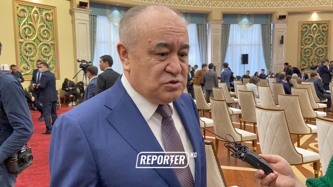 Өмүрбек Текебаев президенттик шайлоого барбайт