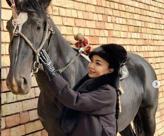 Самара Каримова өзбектердин киносуна тартылууда — сүрөт