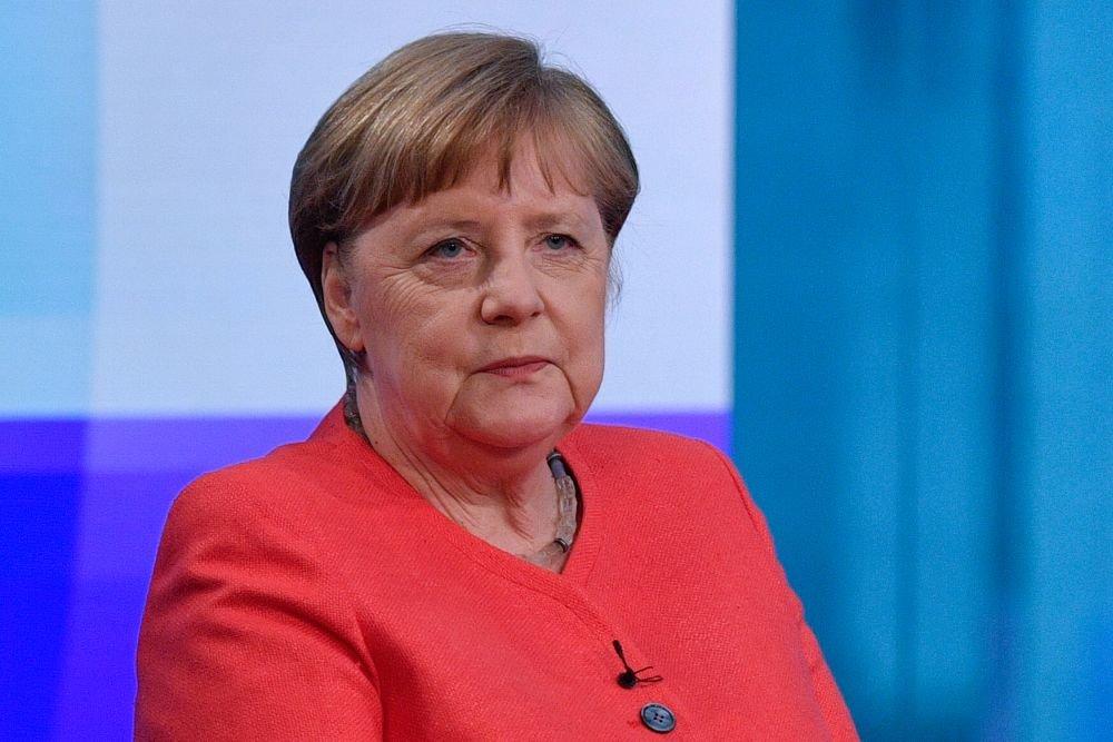 Меркель Жапаровду Президенттин кызматына киришүүсү менен куттуктады