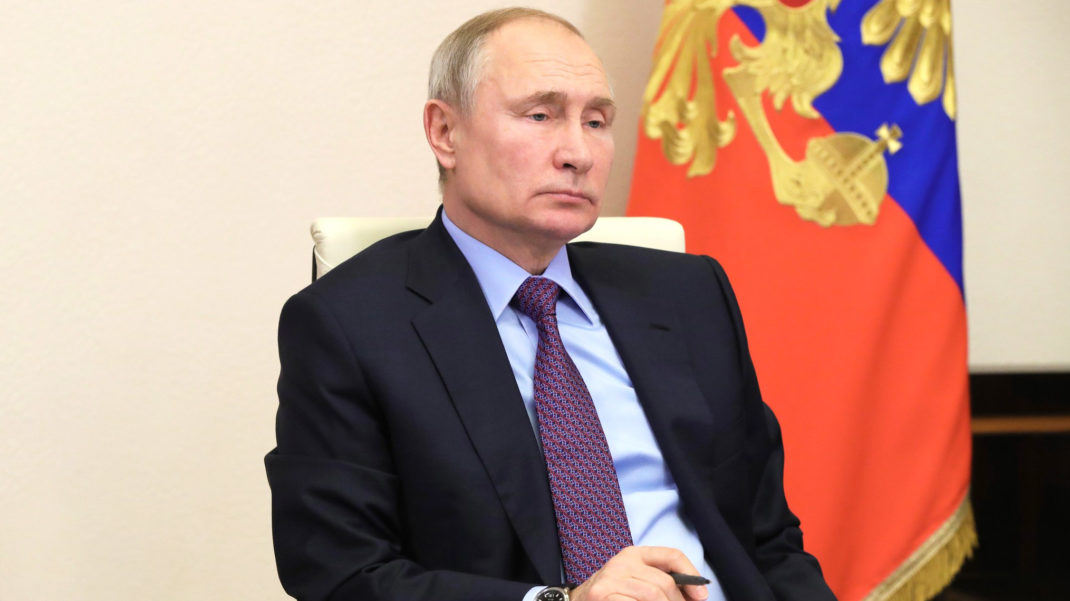 Путин эки өлкөнүн жаңжалын чечүүдө ортомчулук кылууга даяр