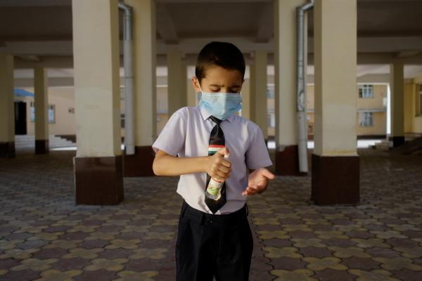 Бишкекте эки мектепте окуучулардан коронавирус аныкталды