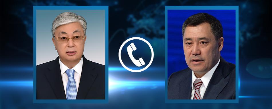 Садыр Жапаров Казакстанга барат. Мамлекет башчылары телефон аркылуу сүйлөшүштү
