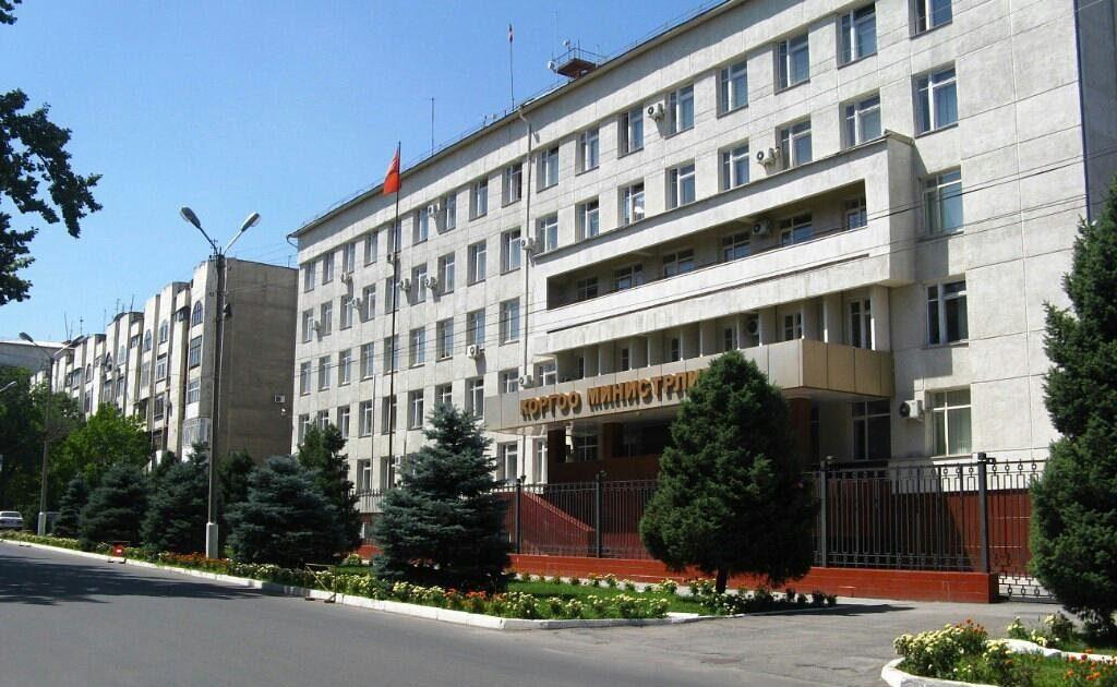 Кыргызстанда Коргоо министрлиги кайрадан түзүлөт