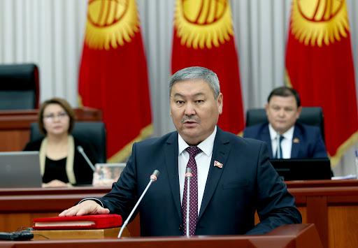 Депутат Шарапов: «Орусиянын бизге болгон мамилеси адекваттуу болбой жатат»