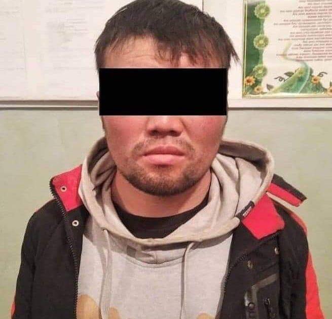Бишкекте адам өлтүрүүгө шектелип эки селсаяк кармалды