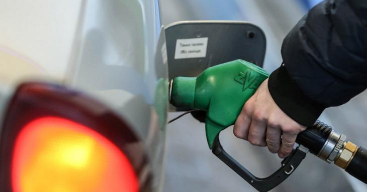 Выросли траты на бензин. ГУОБДД заплатит за ГСМ на 8,6 млн больше обычного