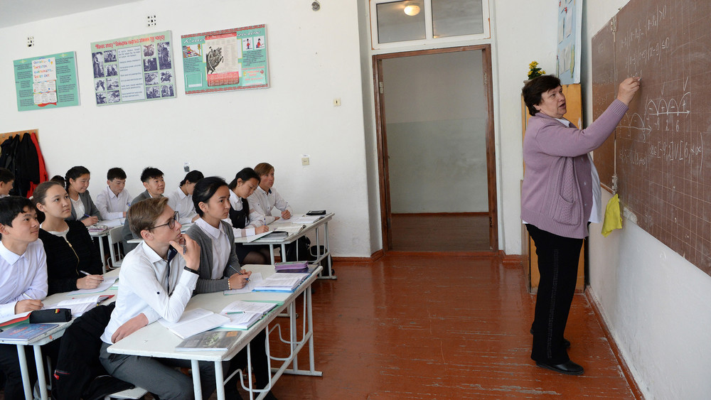 Бишкекте 1-апрелден тарта бардык окуучулар мектепке барат