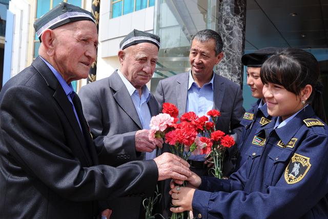 Өзбекстанда Улуу Ата Мекендик согуштун ардагерлери 1200 доллардан алышат