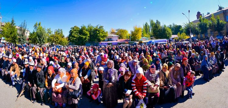 Кыргызстандын туруктуу калкынын саны 6 млн 637 миң адамды түздү