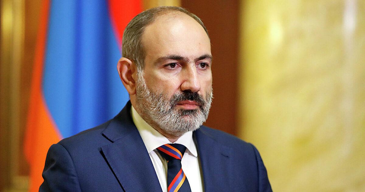 Армениянын премьер-министри Никол Пашинян отставкага кетти