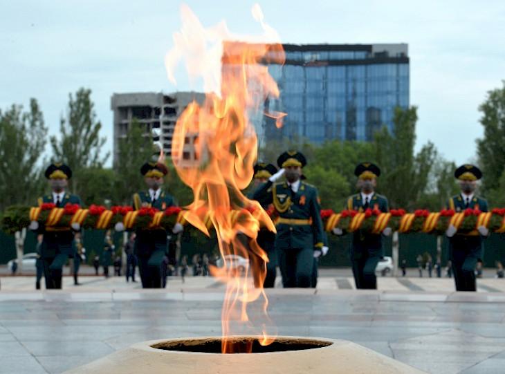 Бишкекте Жеңиштин 76 жылдыгына карата митинг-реквием өттү
