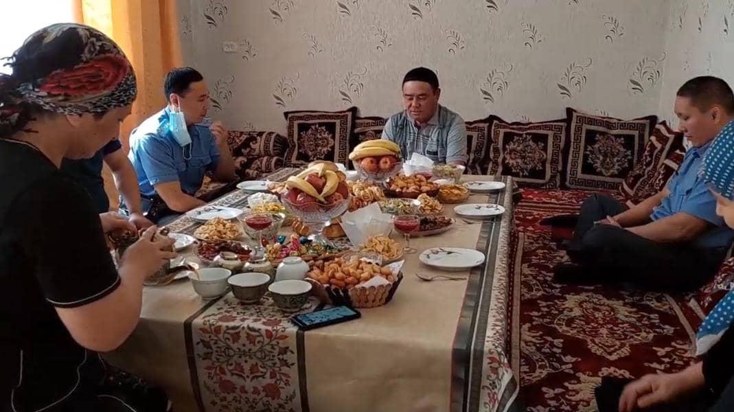 В Бишкеке почтили память погибших милиционеров