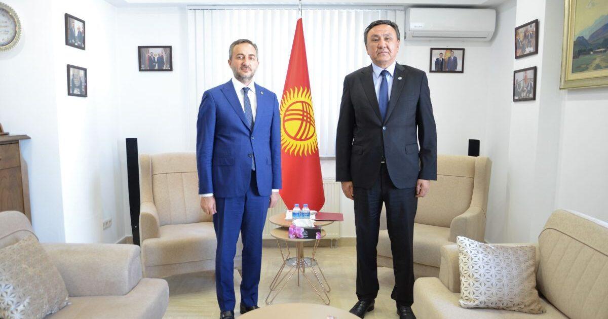 Президент менен жолугуп кеткен түрк ишкери Кыргызстанда бизнес жүргүзүүгө кызыкдар экендигин айтты