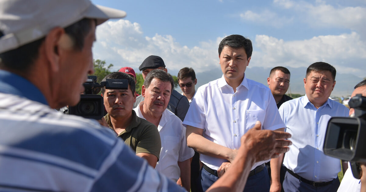 Марипов потребовал от местных чиновников дать воду фермерам в Панфиловском районе