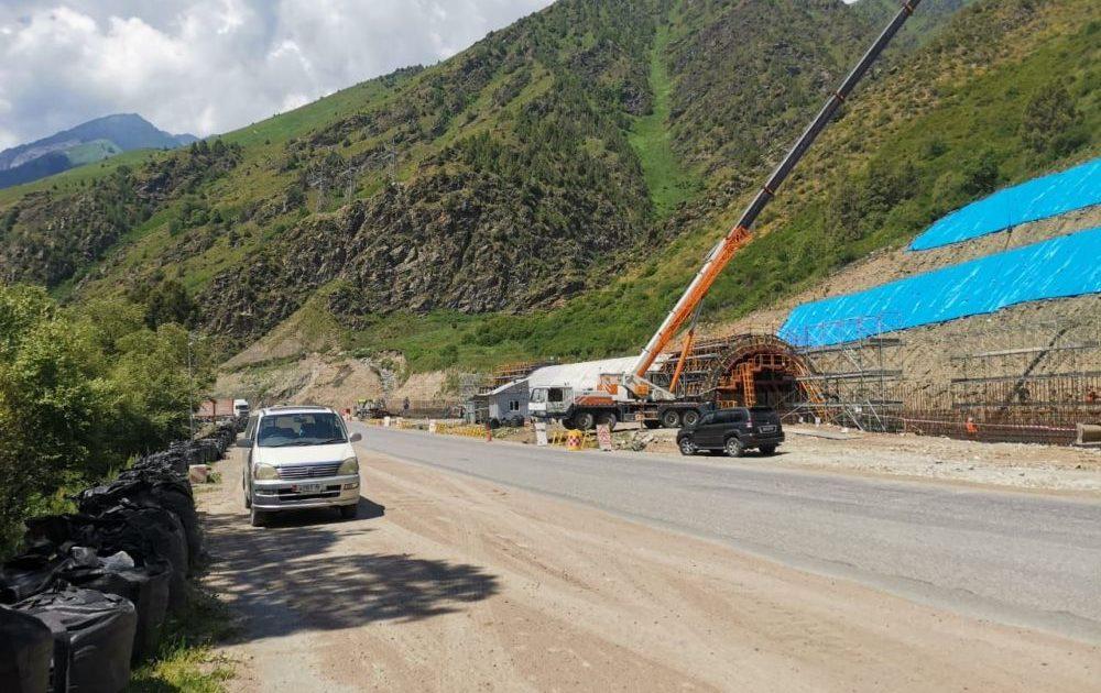 На трассе Бишкек-Ош  построят снегозащитный тоннель
