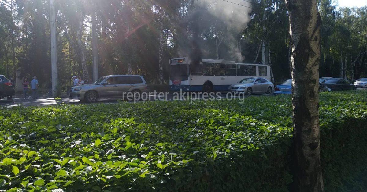 Бишкек: Өрттөндү деген троллейбустун себептери такталды