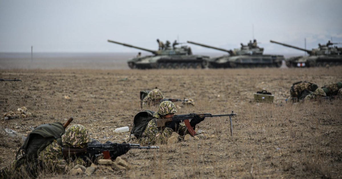 Орусиянын аскерлери тажик-ооган чек арасындагы машыгууга келди
